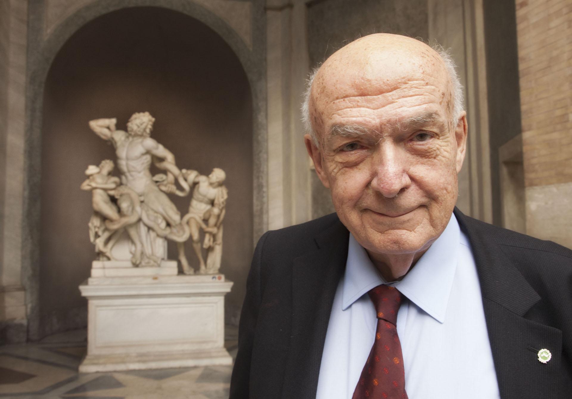 """Antonio Paolucci testimonial delle """"Marche incantate"""""""