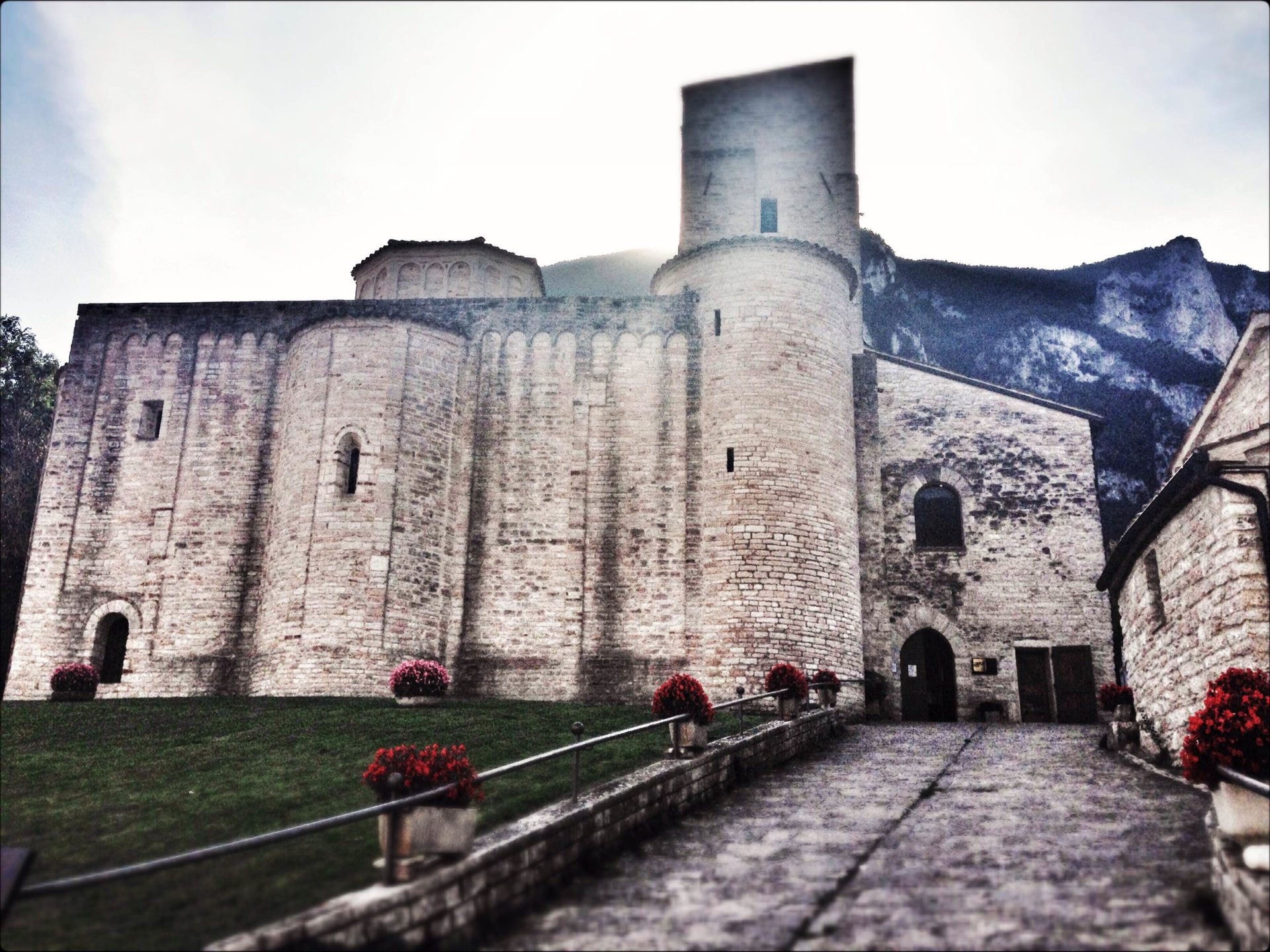 San Vittore delle Chiuse: magical legends and a poetic environment