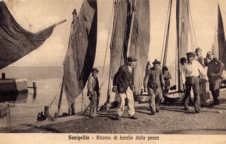 """Le voci del porto di Senigallia """"…quando noi eravamo i ragazzi del porto"""""""
