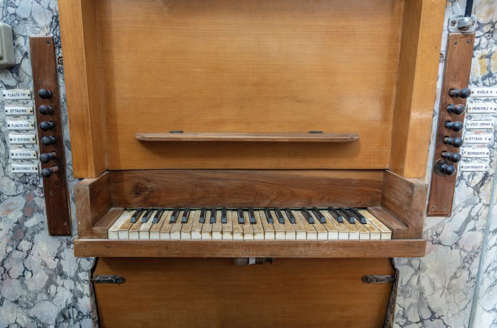 Chiesa di Santa Maria del Buon Gesù_organo