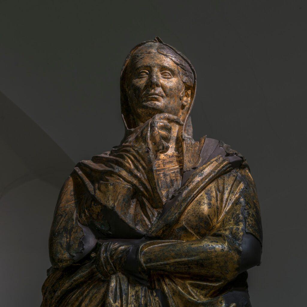 I bronzi dorati di Pergola