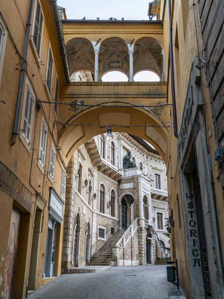 Palazzo dei Priori_4