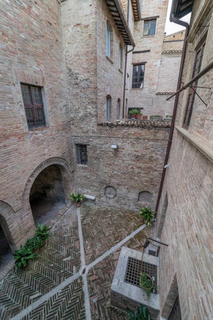 Urbino Casa Raffaello 2