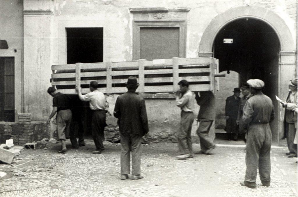 teleri di Veronese nel cortile della Rocca
